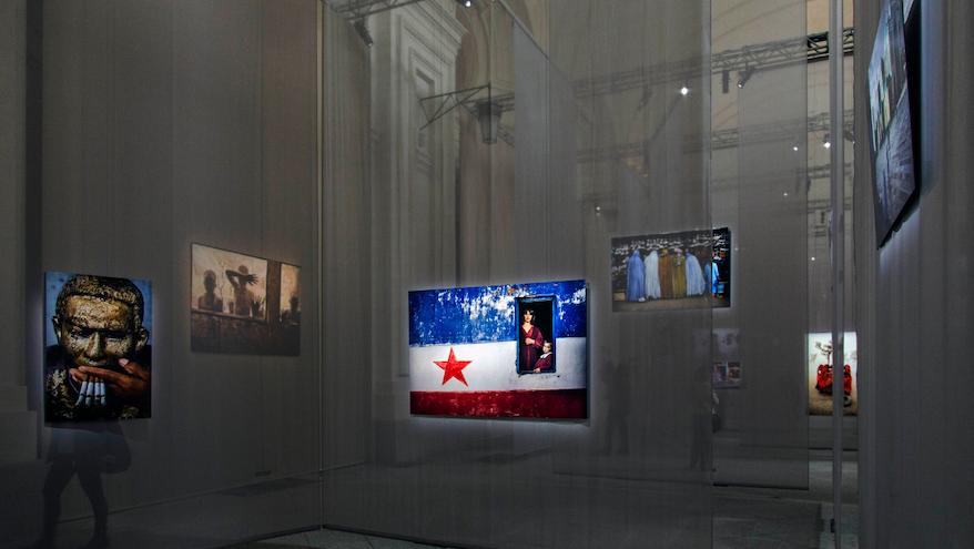 Sala della mostra Il mondo di Steve McCurry